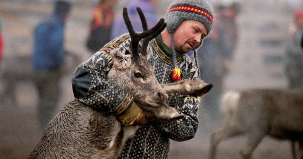 Tech-Science index - Reindeer breeders protest against the wind farm
