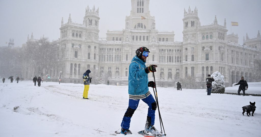 Index - Abroad - Two people died as a result of brutal snowfall in Spain