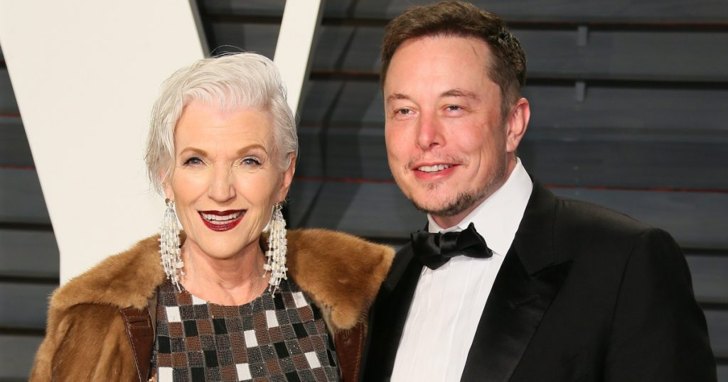 Index - Culture - Elon Musk's mother knew her 3-year-old son was a genius