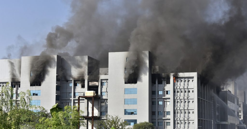 Index - Outside - A fire has broken out at the world's largest vaccine factory