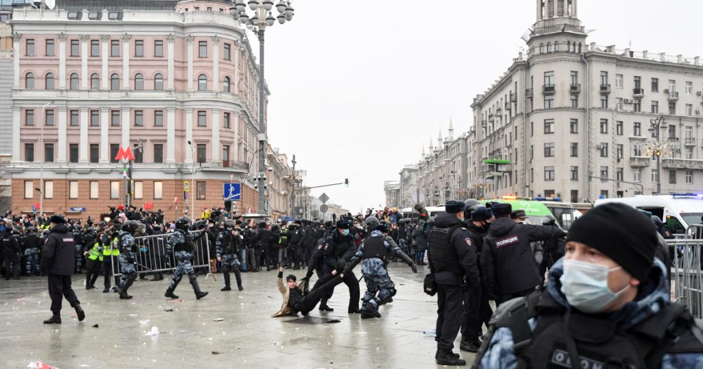 Index - Tech-Science - TikTok, Facebook and Twitter have been fined over the Russian protests