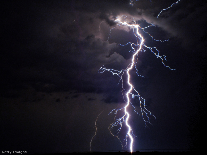 Index – meanwhile – was overflowing with God's majesty when lightning struck