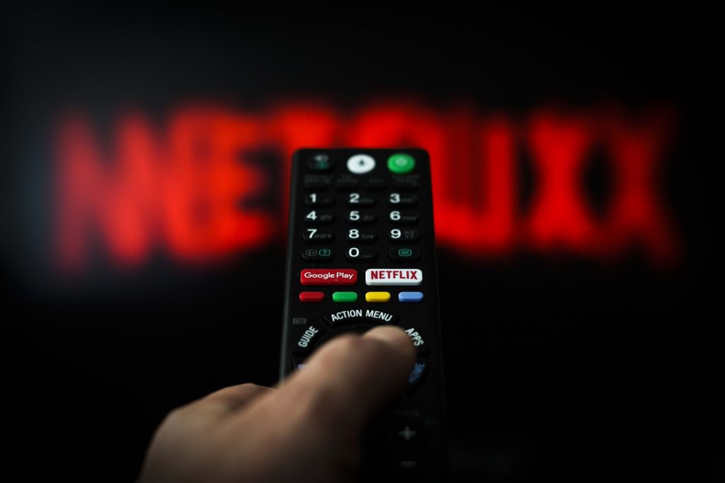 Netflix has attracted new subscribers as a magnet during the pandemic