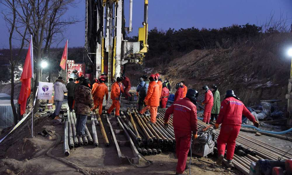 Popular speech messages of workers trapped in an exploding Chinese gold mine