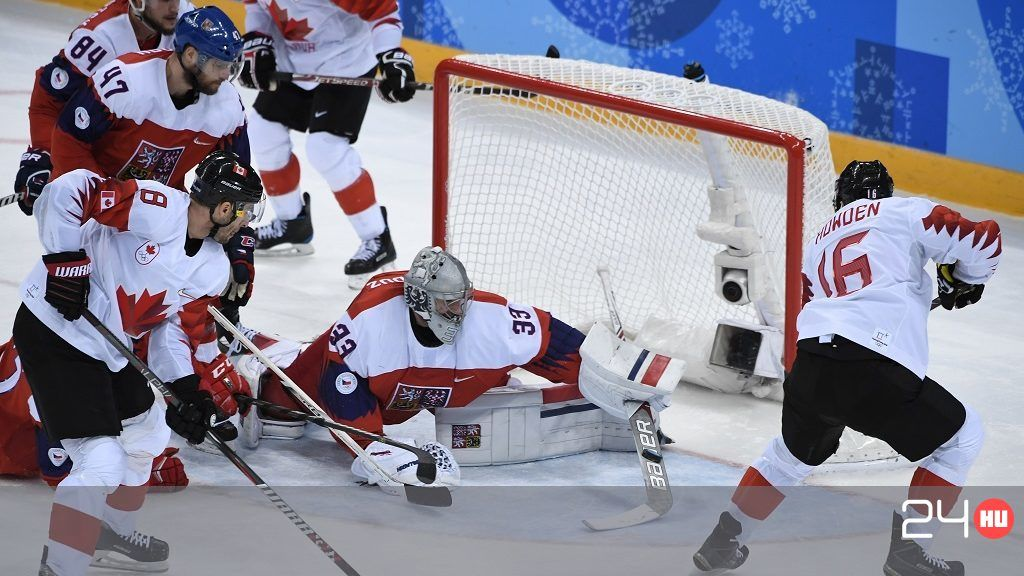 The bronze hockey match brought out a good shot