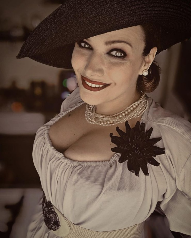 Lady Dimitrescuja from Resident Evil Village has inspired a lot of costume designers