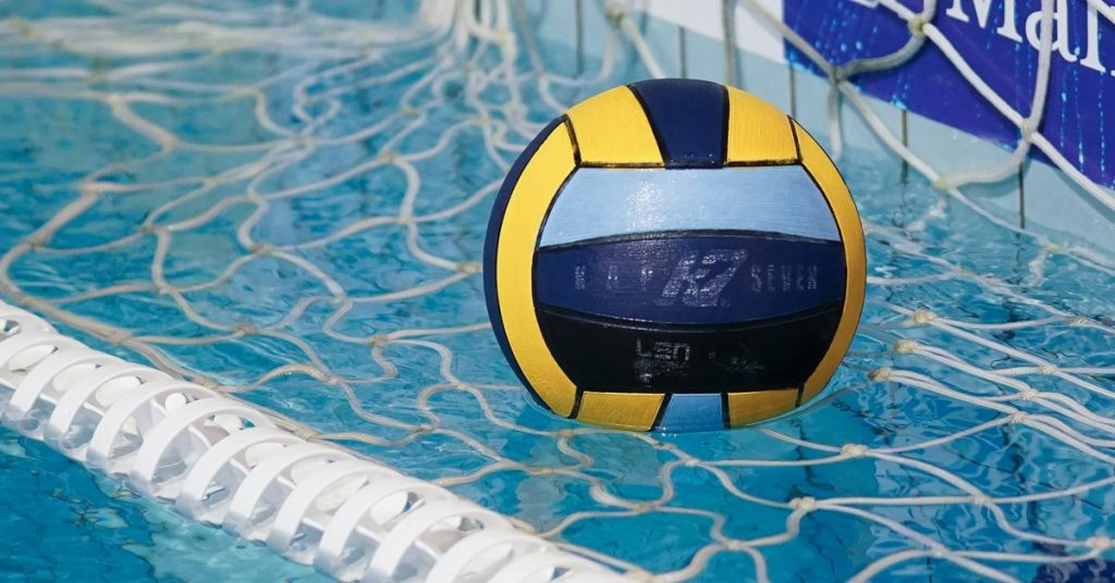 Prepared for a group gymnastic water polo for men and women