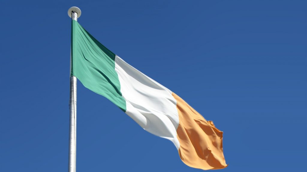 Coronavirus: The Irish government imposes a fine of 2,000 euros on a person on vacation abroad