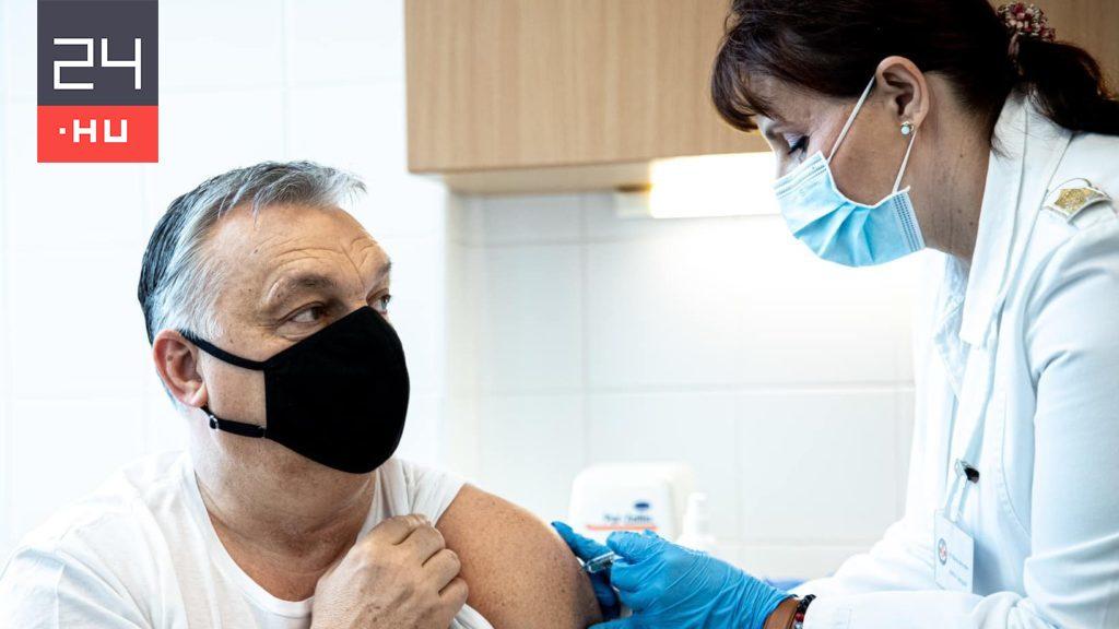 I hope, with Ebola, a Balmazújváros representative wrote for the photo taken of the Orbán vaccination
