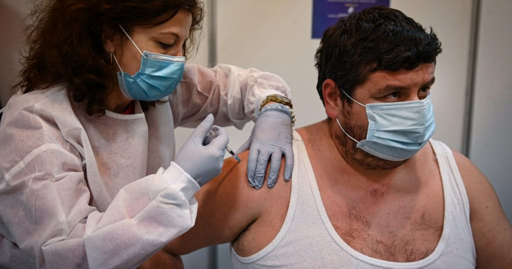 Index - Abroad - The vaccination scandal in Romania: More than 7,000 people received the vaccine in reverse