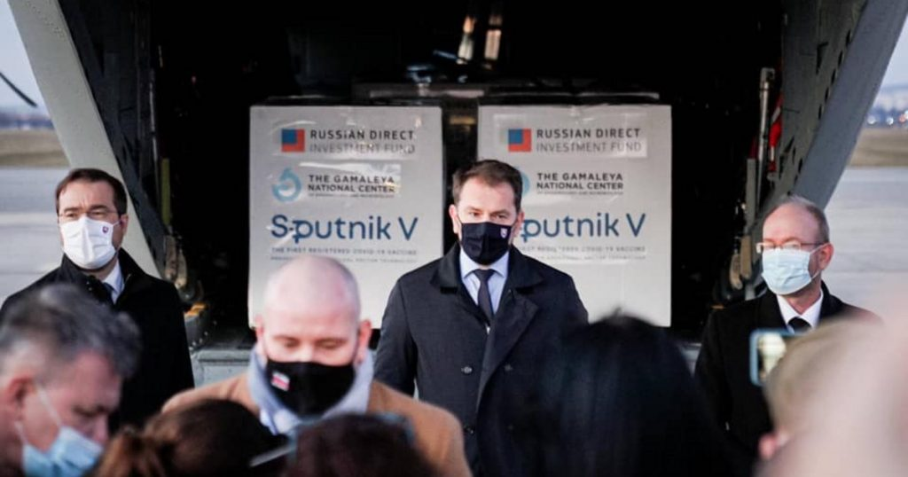 Index – local – according to a Slovakian politician, Péter Szijjártó helped them get a Russian vaccine