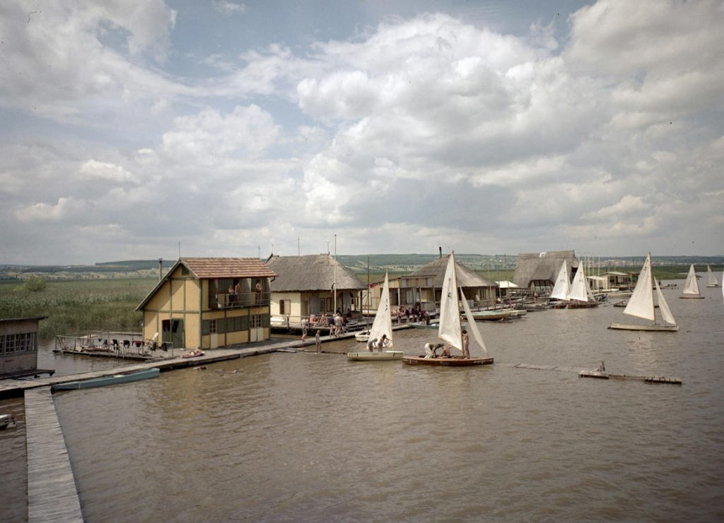 They demolished stacked homes on Lake Neusiedl with their owners