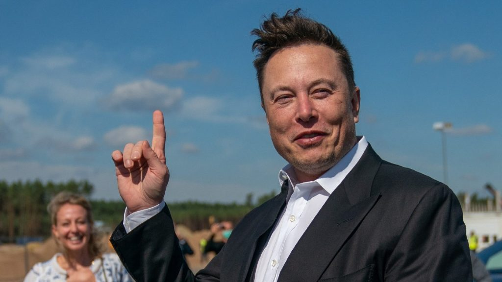 """According to Chinese """"Forbes"""", musk is also the richest man in the world"""