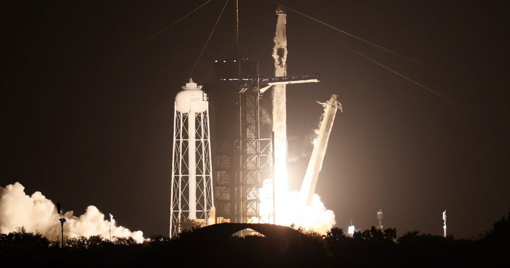 Index - Technical Sciences - Another SpaceX rocket launch at the International Space Station