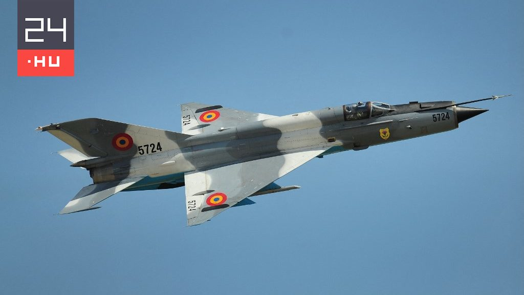 One of the Romanian Air Force fighter jets crashed