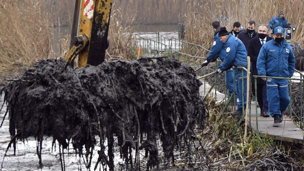 The Danube Bank in Szigetszentmiklós will take another decade to restore the pre-oil pollution state.