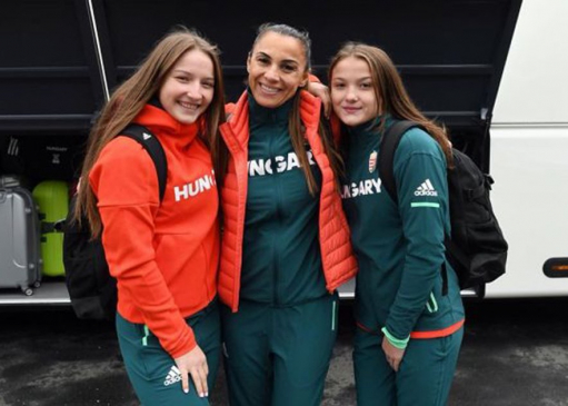 Two women's finalists and three freestyle swimmers placed fifth in the e-Youth category