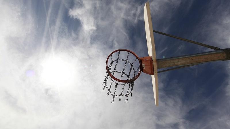 Magyar Sport Napja - koszorúztak és kritizáltak
