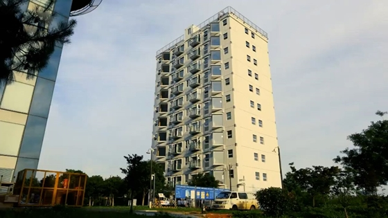 Property: This 10-storey house was built in just 1 day - VIDEO