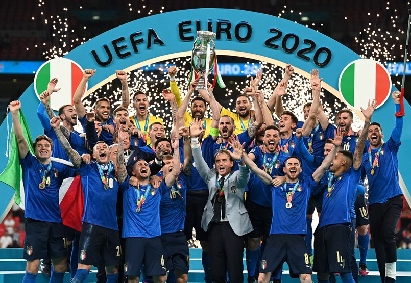 Football did not go home, go to Italy
