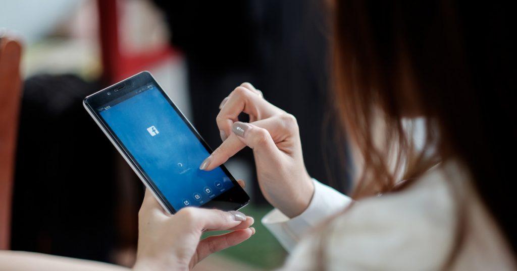 Index – Tech-Science – Phishing returns to Hungarian girls' Facebook accounts