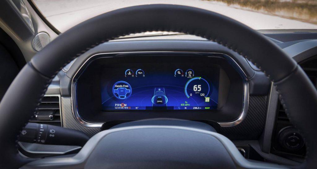 Total Car - Magazine - General Motors sues Ford