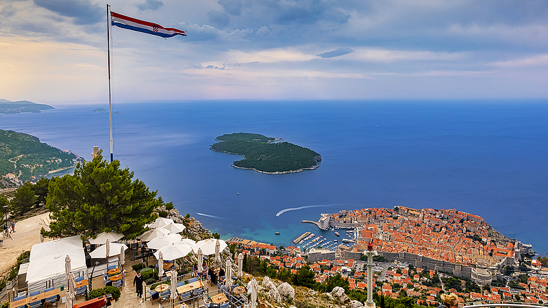 Croatian government concerns about restrictions remain تزال