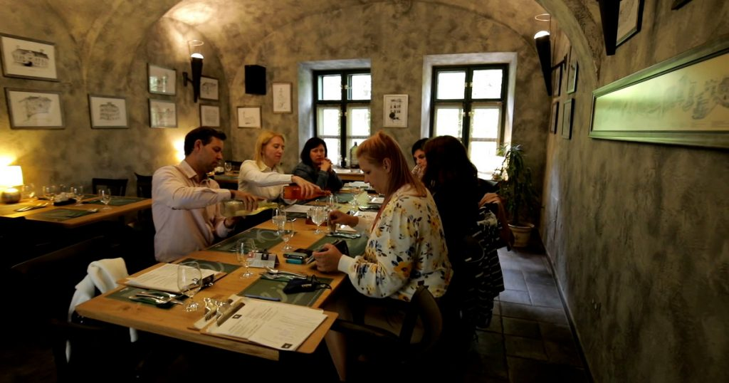 Index - FOMO - Oliva in Veszprém gives guests a try