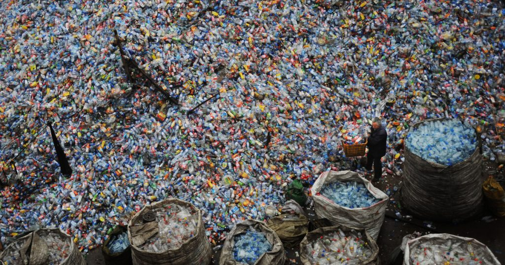 Index - Science - Does biodegradable plastic really degrade?