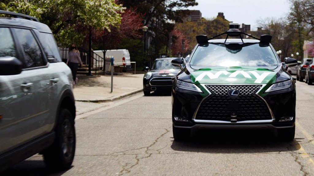 Free automated taxi service launched in the United States