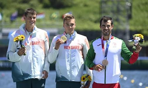 Olympic Champion Balint Kobass Kayak Wan, Silver Medalist Adam Varga, Cusack-Bodoni's Husband Take Bronze - Minute by Minute Around Tokyo Olympics