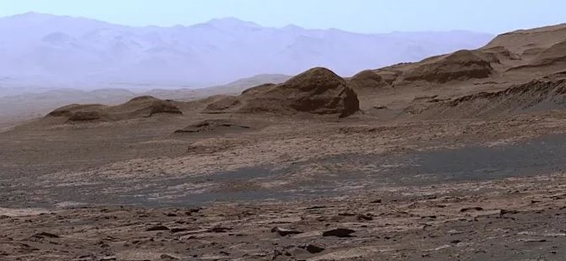 A wonderful panorama of Mars came, it's incredible how far it can be seen