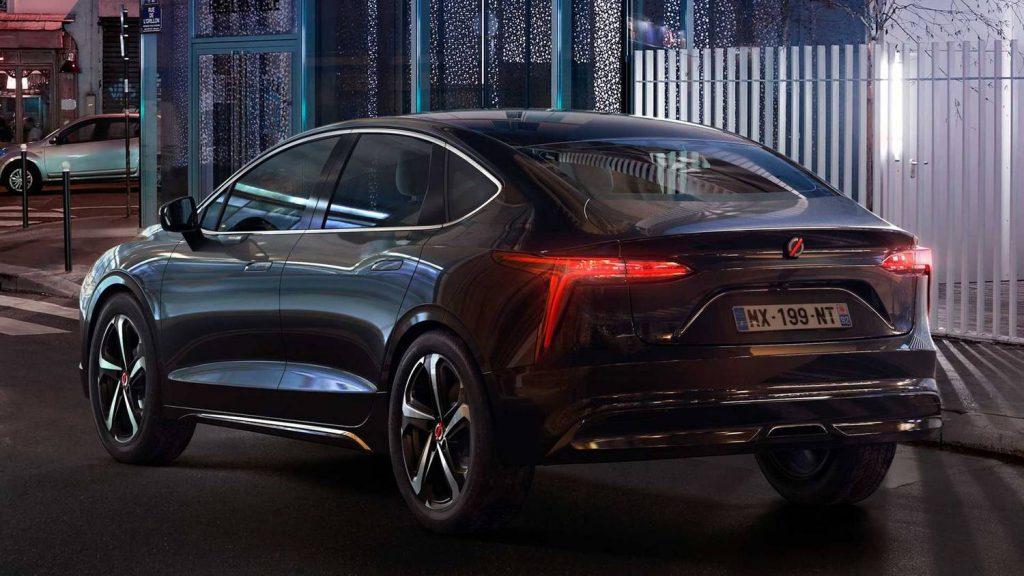 Total Car - Magazine - Renault unveiled a sedan that civilians can't buy