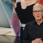 That's not a little: Tim Cook earned $750 million