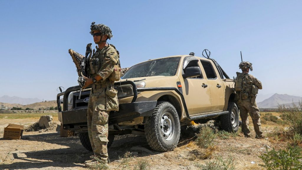 Afghan conflict: US Marine aide fired for criticizing military leadership