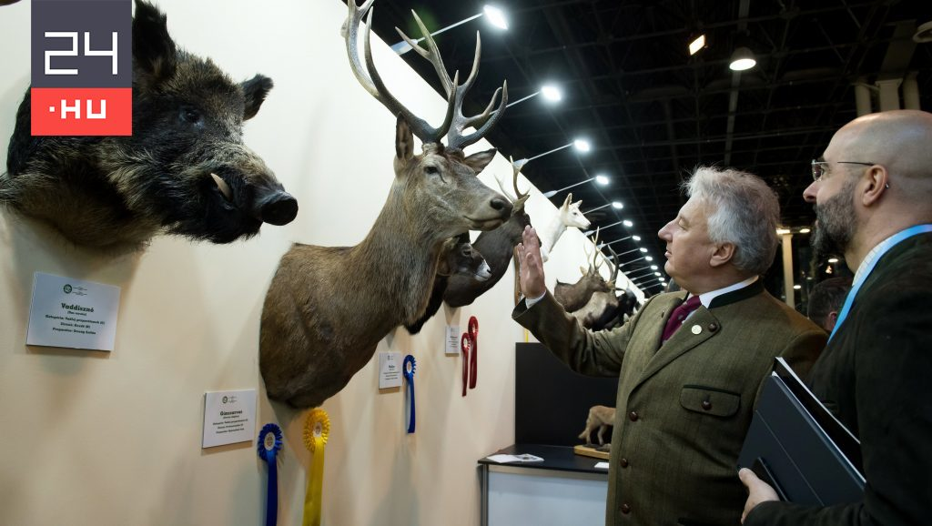 David Dorosz: Free school tickets and travel attract schoolchildren to the hunting fair
