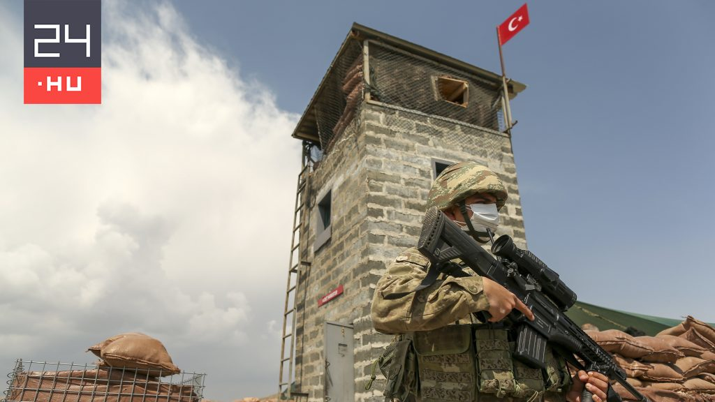 Erdogan will not allow Afghan aides from EU countries to enter Turkey