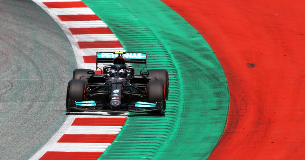 Index - Sports - Bottas rotated into the pit lane during an F1 freestyle