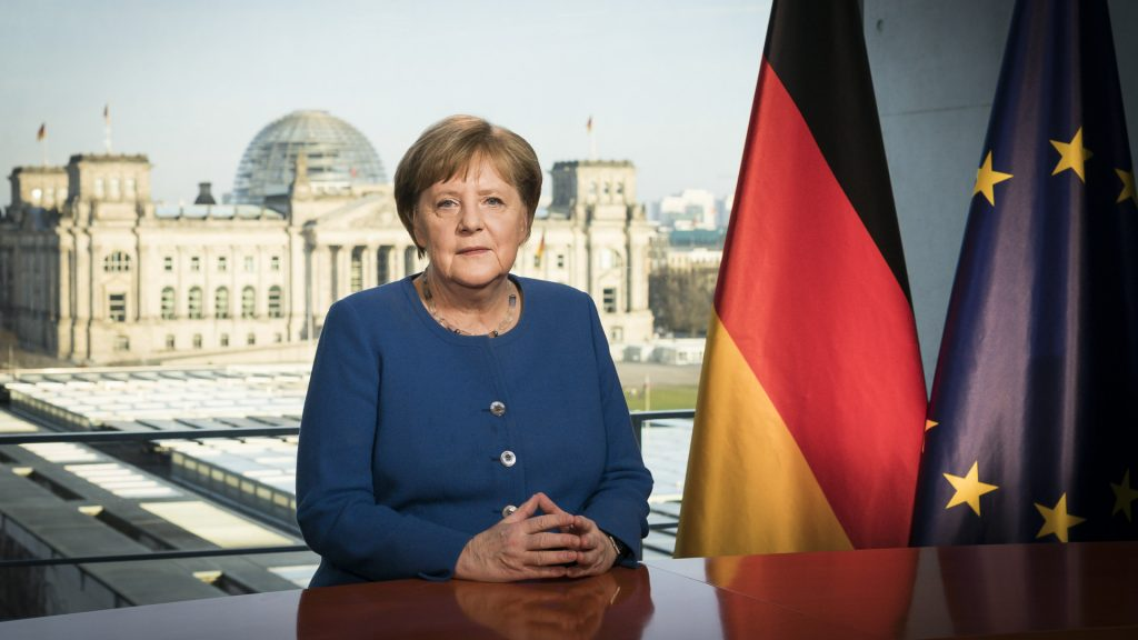 Merkel does not want to hear yet about Afghan refugees, but prefers to solve the problem in neighboring countries