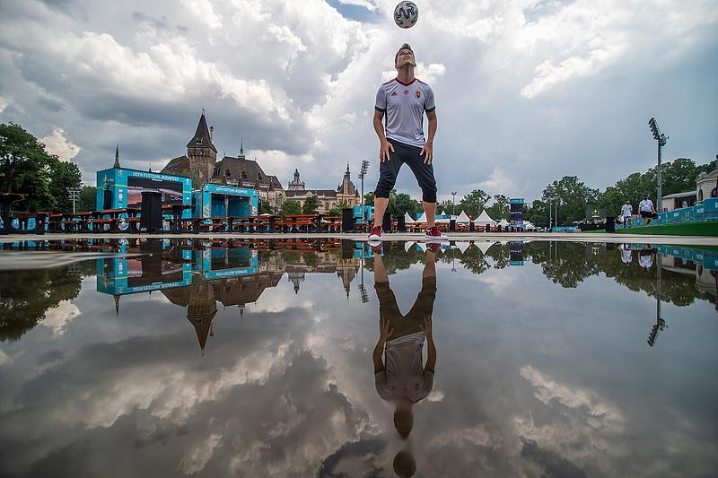 Soccer-Eb: City Park Fan Zone opened