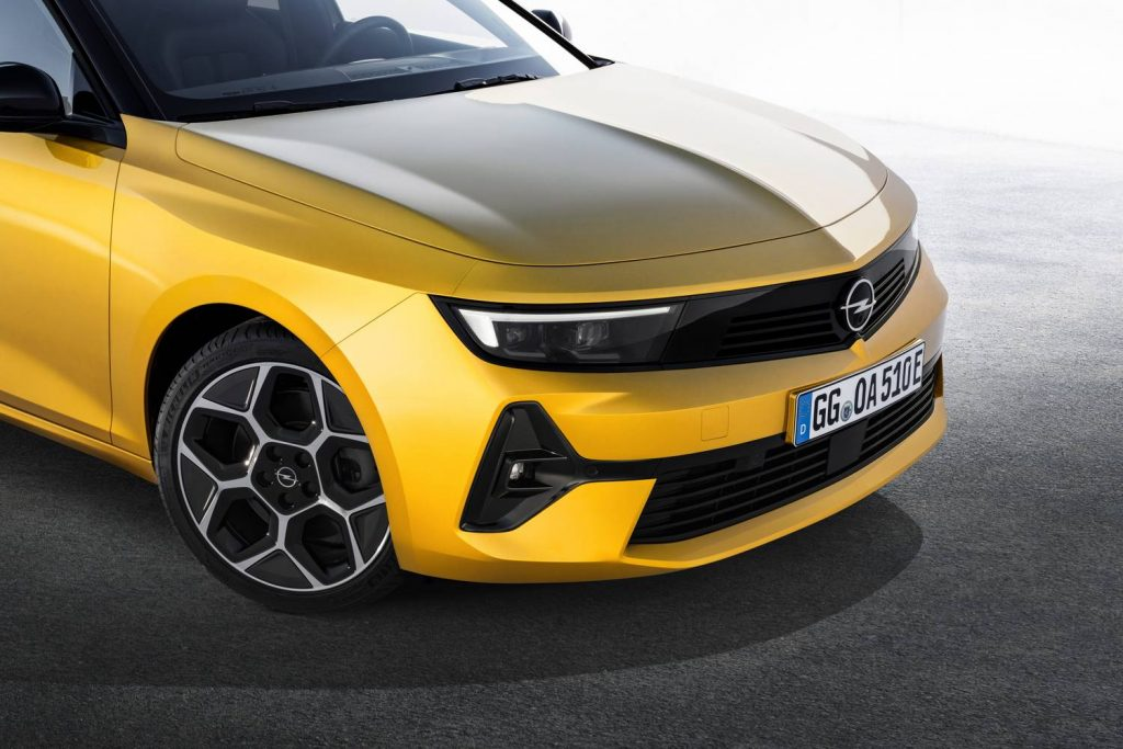 Total Car - Magazine - In 2023 comes the all-electric Astra
