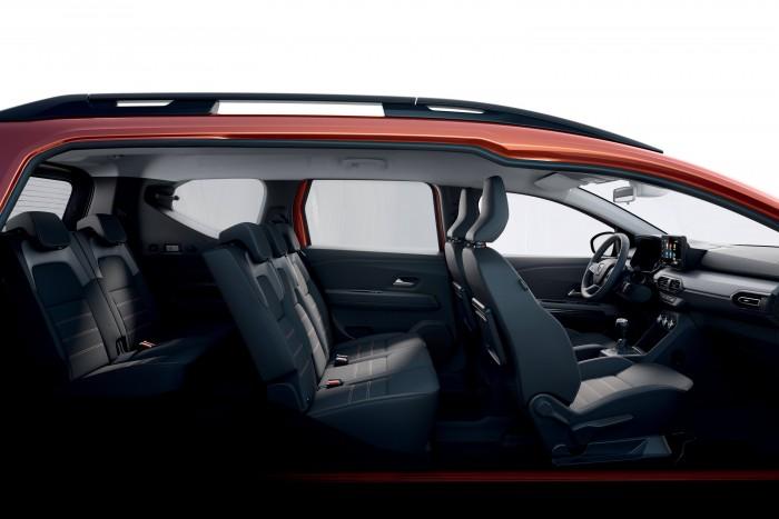 Dacia 5 introduced a seven-seater RV