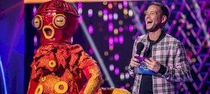 They will be the new detectives of the masked singer, and there will also be a huge innovation on the show