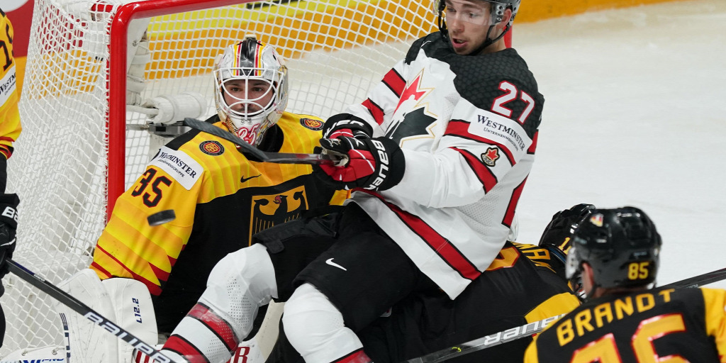 Canada also lost its third match in the World Hockey Championship