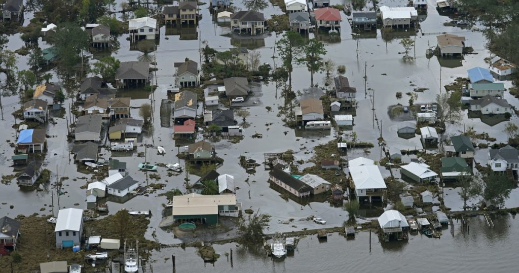 INDEX - OUTSIDE - Hurricane brutality in pictures before
