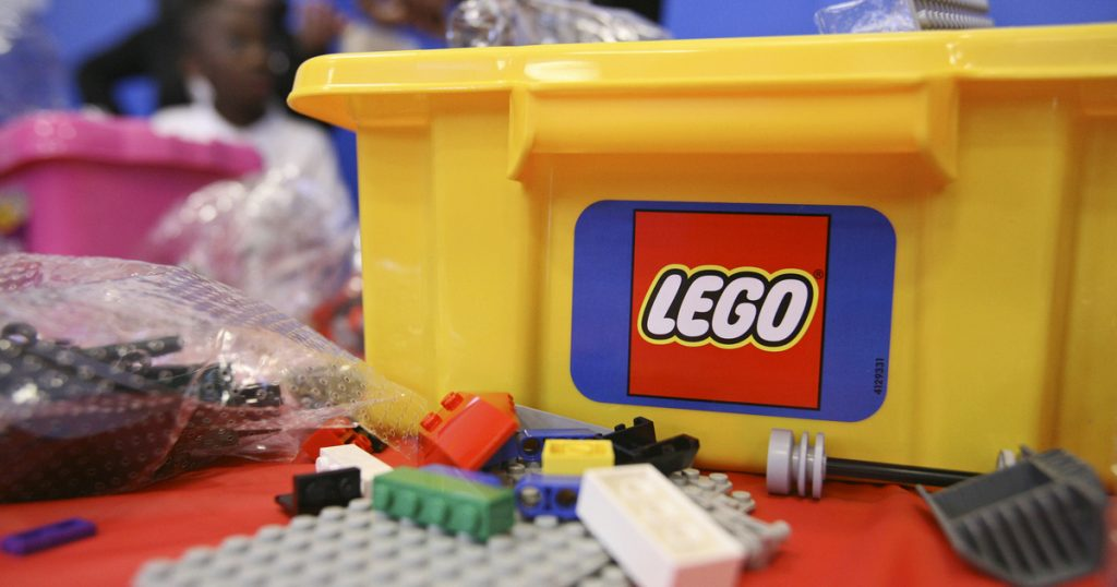 Indicator - Economy - Withdrawal LEGO
