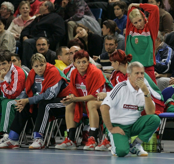 Life + Style: Tímea Tóth . was diagnosed with breast cancer by former handball player of the national team Tímea Tóth
