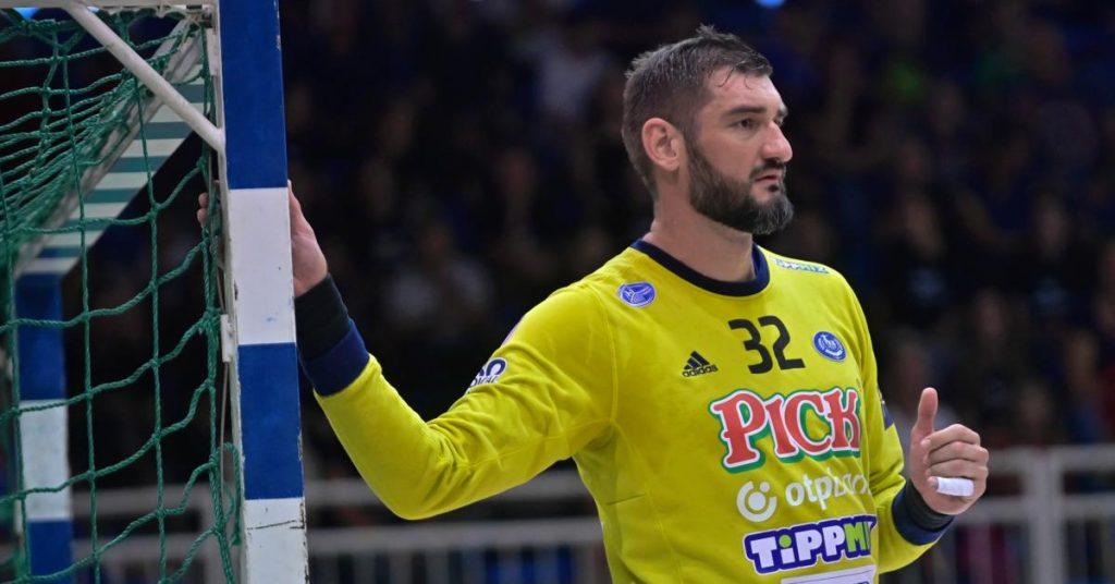 A Man's Hand: Bad Days Don't Fit - Mirko Elovitch