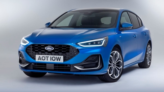 Car: Ford Focus updated with big screen and narrower engine range